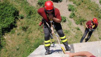 Come entrare nel Nucleo S.A.F. (Speleo Alpino Fluviale) dei Vigili del Fuoco